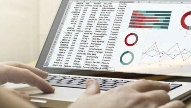 How to Track Your Savings Goals With A Savings Tracker in Excel {Tutorial}