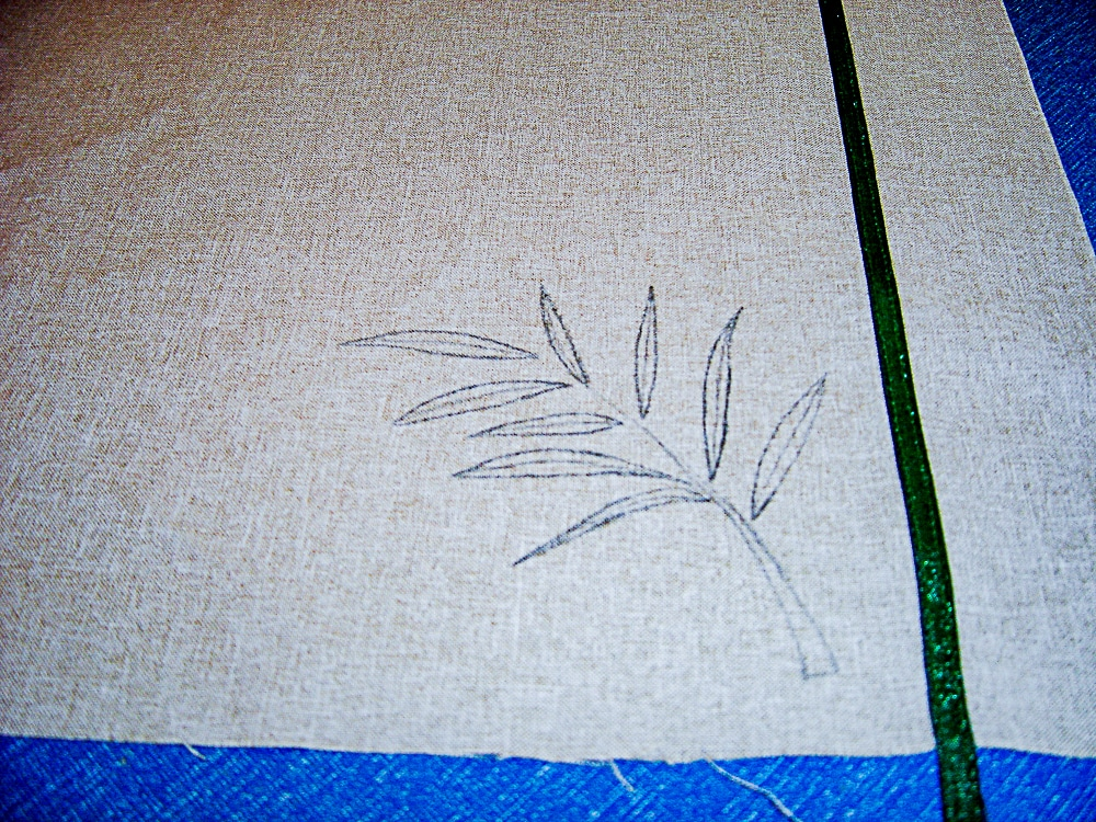 trace design onto placemat