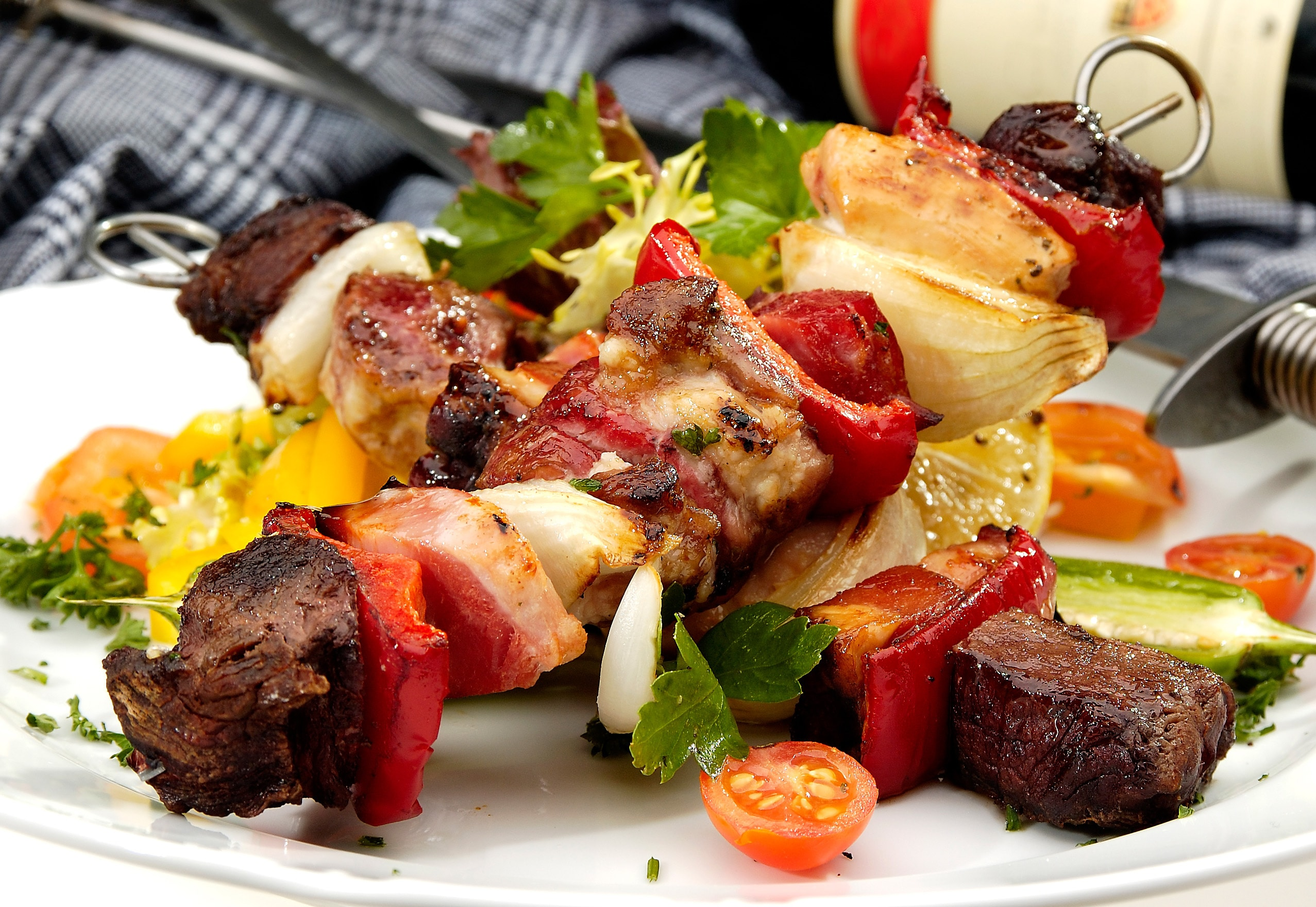 Summer Entertaining How To Host A Bbq On A Budget