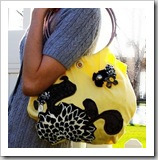 The Craf 'tee' tote by Liberate Creativity | Bag Tutoriral Roundup | Frugal and Thriving