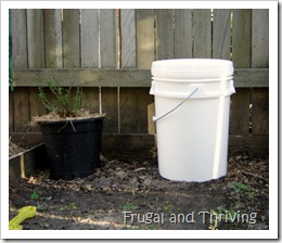 Make Your Own Small Compost Bin