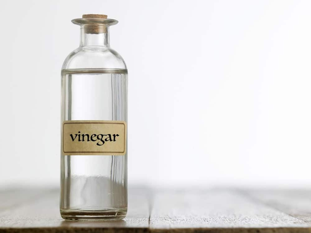 uses for white vinegar