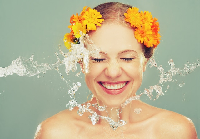 How to Have Naturally Glowing Skin Without Spending a Fortune