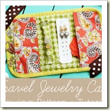 Travel Jewelry Case from Positively Splendid | Frugal Handmade Gift Ideas | Frugal and Thriving