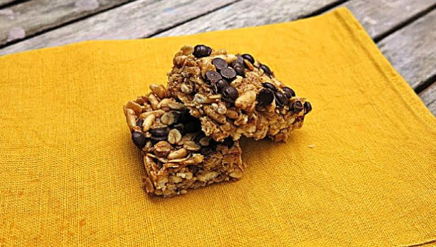 homemade chewy muesli bars