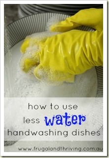 how to hand wash dishes using minimal water