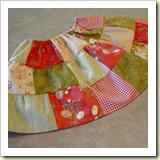 Charm skirt from The Merry Church Mouse   Frugal and Thriving