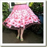Tablecloth circle skirt from Wipster | Frugal and Thriving