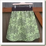 Maternity skirt from See Mommy Sew | Frugal and Thriving