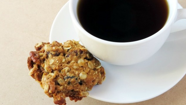 oatmeal sultana pecan biscuit