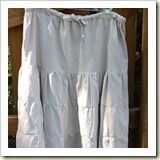 Ruffle linen skirt from Amazing Mae   Frugal and Thriving