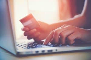 How to use a credit card to your advantage