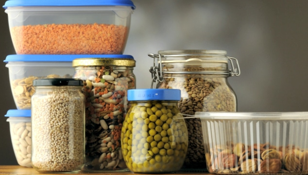 simplifying your pantry:the difference between well-stocked and cluttered