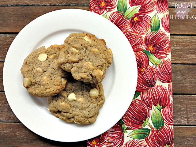 Australia Day Special: Wattle seed, Macadamia and White Chocolate Biscuits