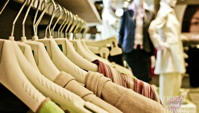 10 Ways to Save Money on Clothes