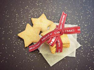 homemade christmas shortbread cookie