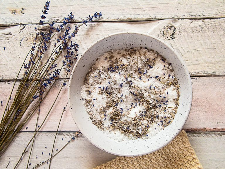 Relaxing DIY Bath Salts with Lavender {Great Frugal Gift Idea}