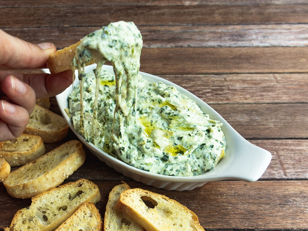 cheese spinach and artichoke dip