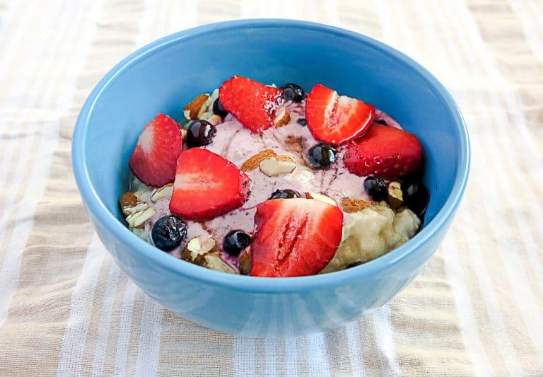 Thermal Cooker Porridge. Hot Breakfast – No Electricity