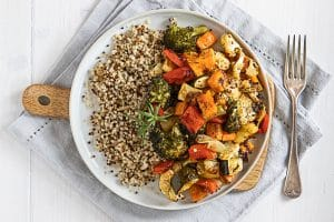 hone balsamic roasted vegetables with quinoa