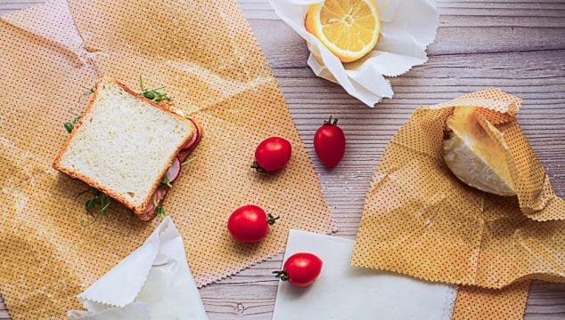 alternatives to plastic sandwich bags beeswax wrap