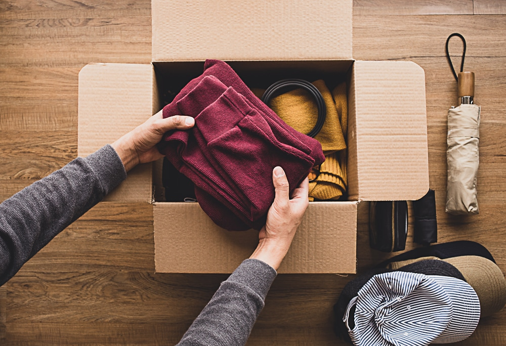 use clothes as packing supplies